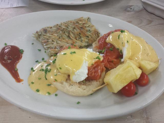 ArtIsInBrunch-EggsBennySalmon